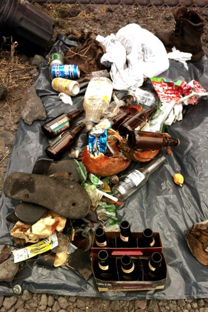 Rubbish dumped on the beach