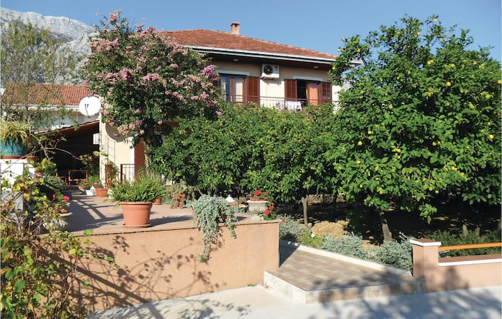 Beautiful home in Orebic with WiFi and 1 Bedrooms