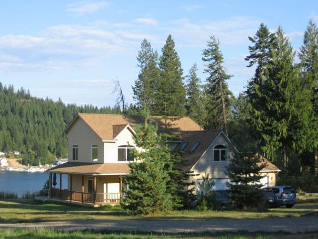 Large Lake Home with Boat Dock in Garfield Bay