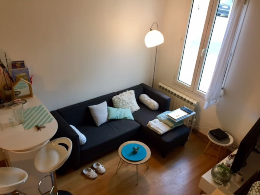 Studio cosy centre ville place de parking et cour for Location studio bordeaux centre ville