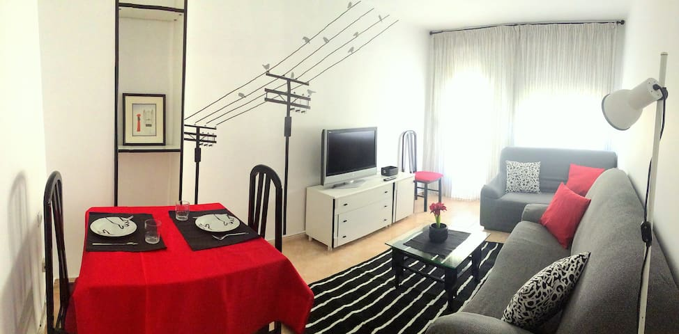 Cozy and lighty apartment in the city centre B&B - Cuenca - Huoneisto