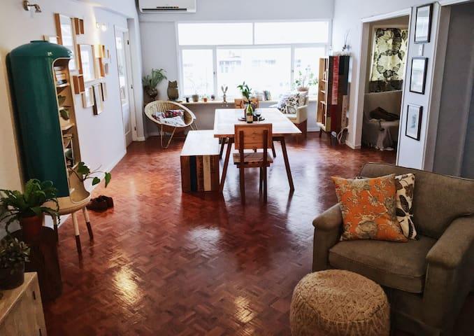 Gorgeous & Spacious Apartment Near EVERYTHING - Maputo - Apartemen