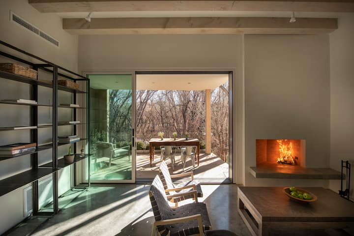 Modern new home fits with timeless Santa Fe