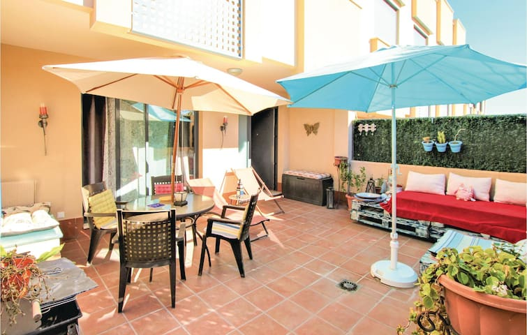 Terraced house with 3 bedrooms on 85 m² in Polop de la Marina