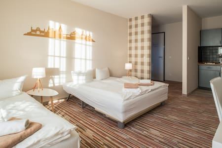 Großzügiges und helles Apartment + WLAN kostenfrei - Outro