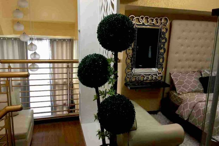 SuiteLife: 2BR/2B Loft in the Heart of Ortigas