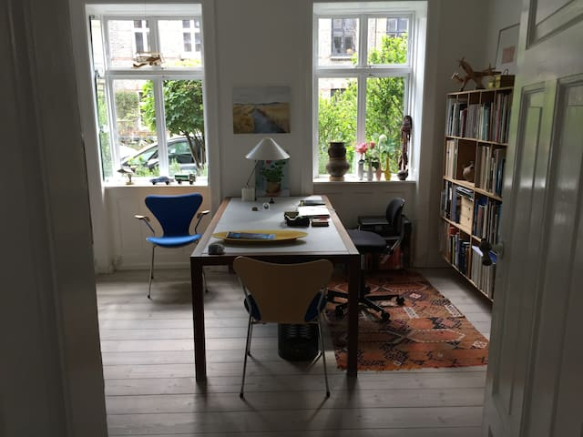 Lovely flat in the center of Copenhagen.