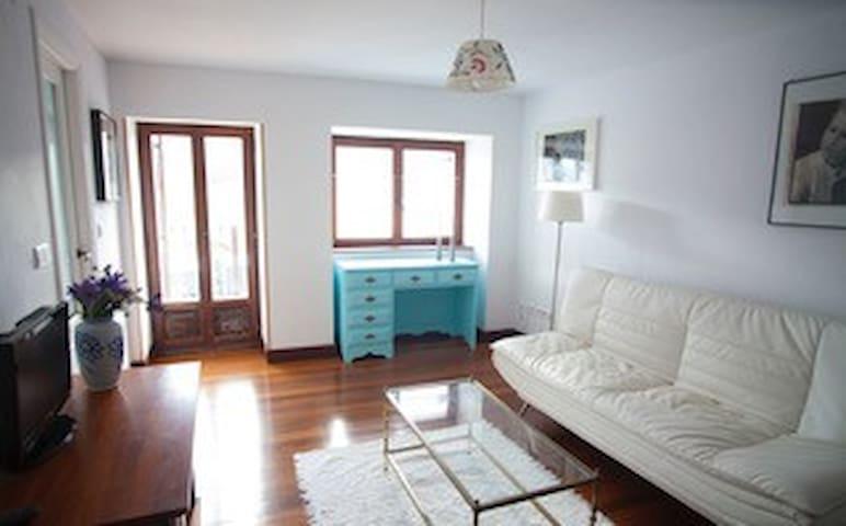 Apartamento con encanto  ( terraza con vistas )