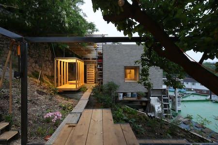 Bau-ne B&B House 'A Room' - Jongno-gu - Haus