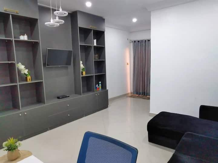 Relaxing Flat in a Serene Estate Oppsite GRA Ikeja