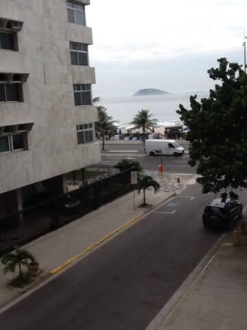 3 quartos a 100 metros da praia do Leblon/Ipanema - Rio de Janeiro - Apartment