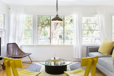 Casual Colorful Venice House near Canals,Beach &Abbot Kinney