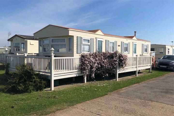 Sandaven Holiday Home, Chapel St Leonards