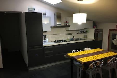 Appartamento in Palazzo restaurato, pieno centro - Nicosia