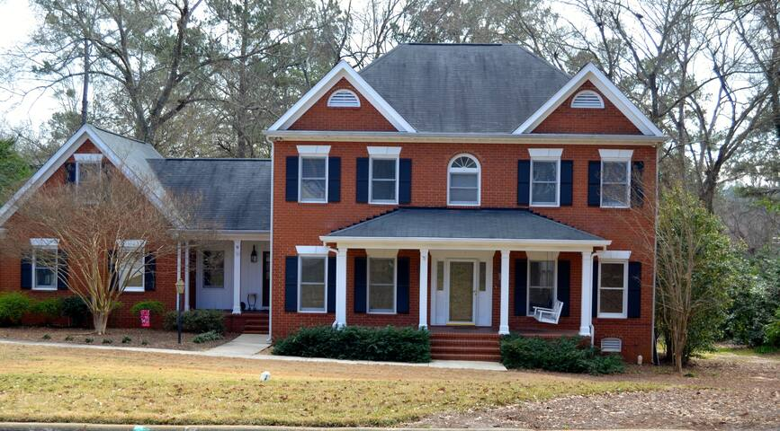 Lovely Augusta Home for Master's Guests - Martinez - Casa