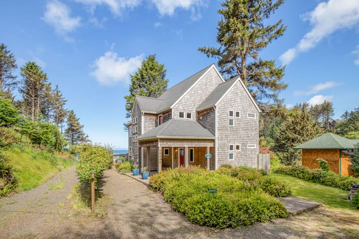 Custom Built Ocean View Home in Gated South Beach Community in Neskowin