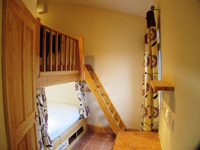The Cwtch - Romantic studio in the countryside - Pembroke - Wohnung