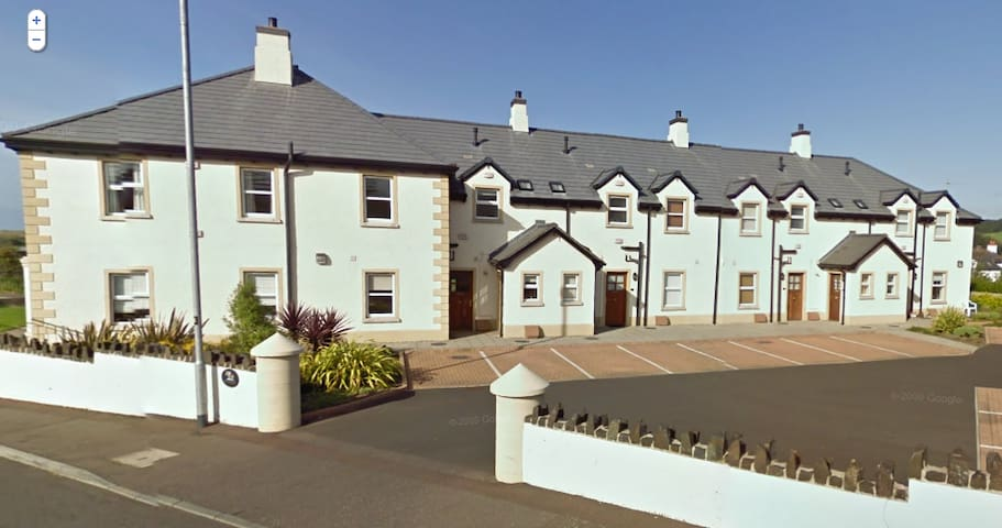 2 bedroom apartment, North Coast - Coleraine - Appartamento