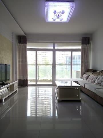 蓝天海景欧式装修3室2厅也是你的家!