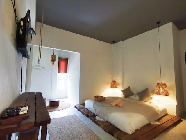 *NEW GURNEY DRIVE Jade Suites Cozy Spacious Room