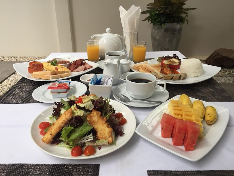 Exquisite Breakfast & Salad