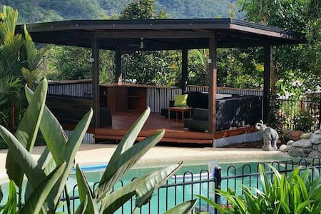 Quiet retreat in the rainforest - Redlynch - Bed & Breakfast
