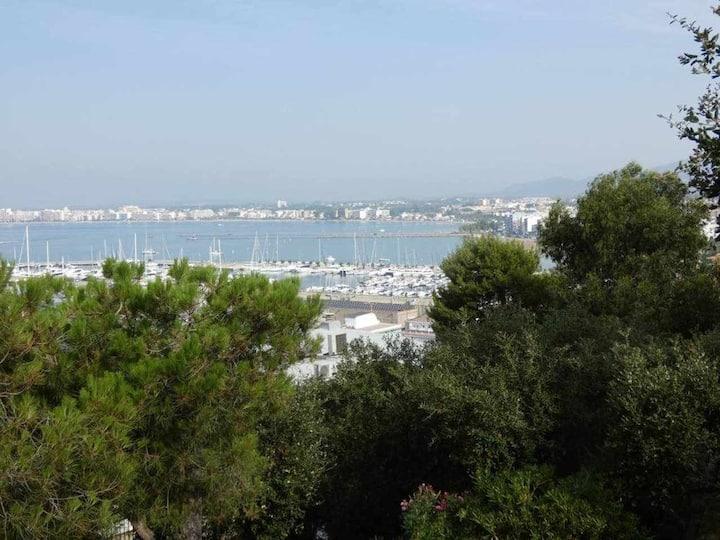 ACP12 Appartement vue imprenable sur port Roses