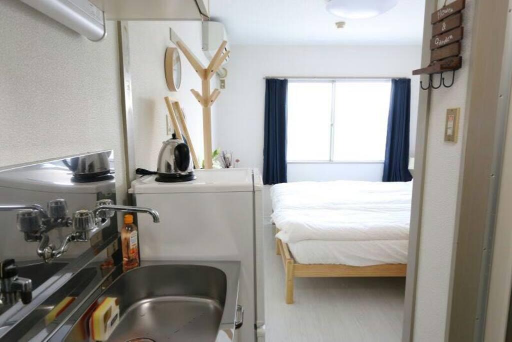 Bright and cozy living space. 宽敞明亮的居住环境。