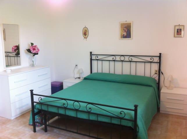 B&B L'EDERA - Camera Ortensia - Porto Cesareo - Bed & Breakfast