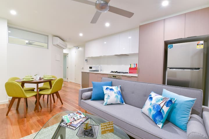 ★Perfect Balance Living★Burwood One Bedroom Apt