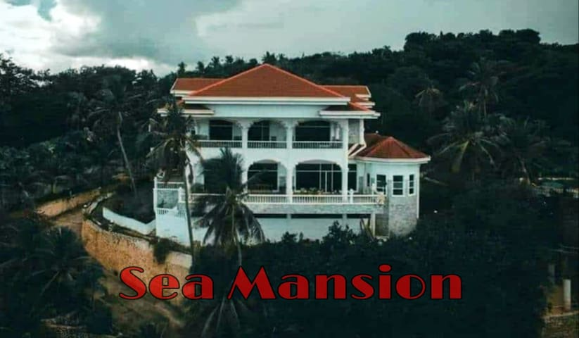 Sea Mansion♥️3BR♥️15PAX❤️Pool, Beach, Karaoke