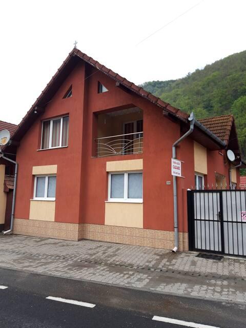 Casa Alex Transalpina