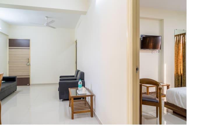 Two Bedrooms in 3 BHK  in Hiranandani Powai
