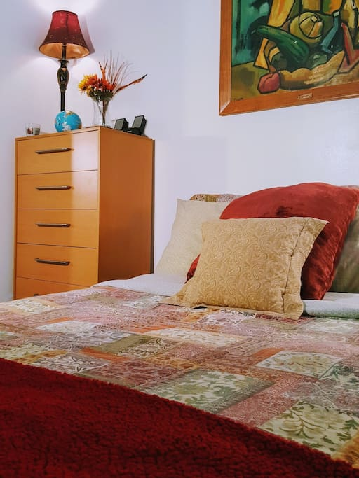 """Georgia: """"Clean and neat space. I would definitely recommend staying here!"""""""