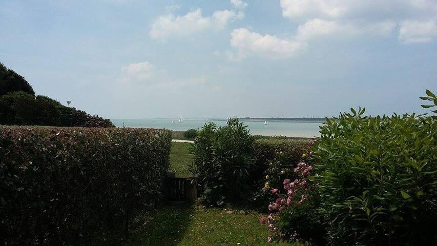 Studio+jardin vue océan à 40mplage - ลา โรเชลเล - อพาร์ทเมนท์