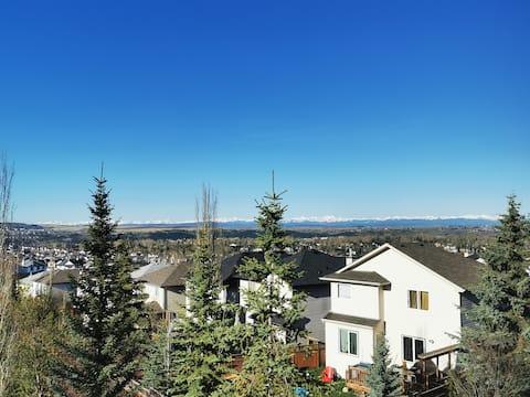 Entire suite &kitchen, Mountain Vw,close to Banff