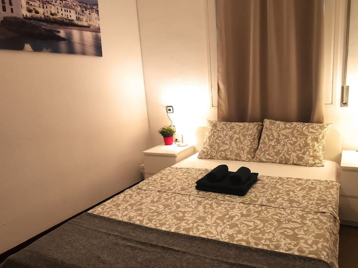 Nice room for 2 people Sagrada Familia (A)