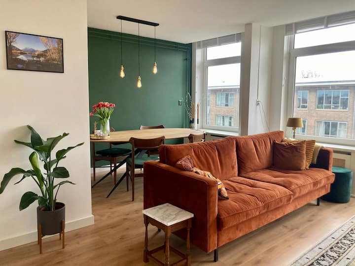 70m2 apartment and 2 free bikes in Bos&Lommer