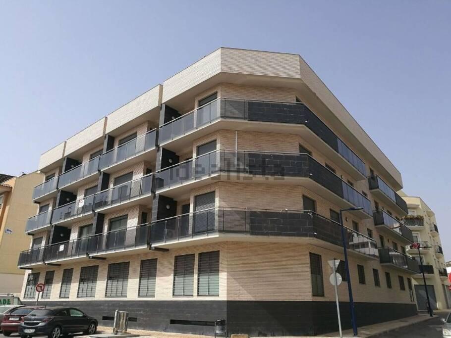Edificio Papa Luna (c/ Llebeig, 10, Peñiscola-Castellón)
