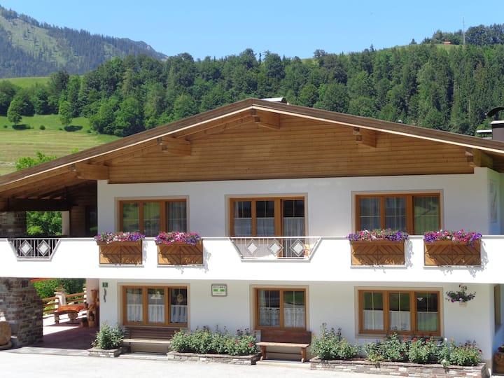 Haus Enzian Tirol