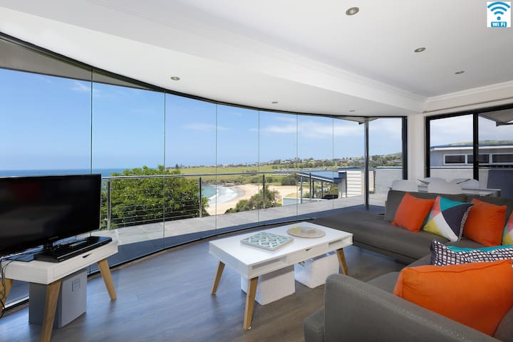 Sunrise Over Easts – Apartment 2, walk to beach