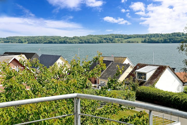 Charmerende Villa ved Fjorden