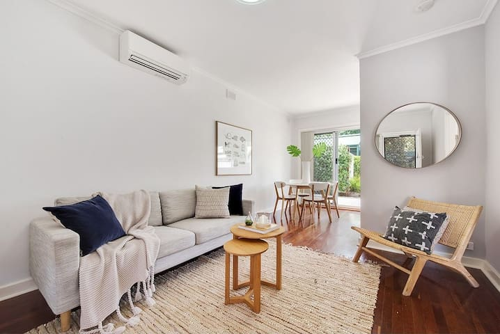 Charming one Bedroom in Adelaide,  St Peters