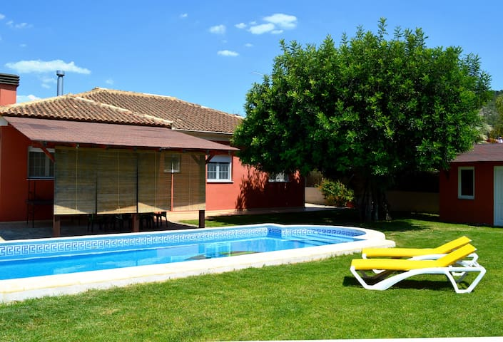 Apartamento in villa with pool