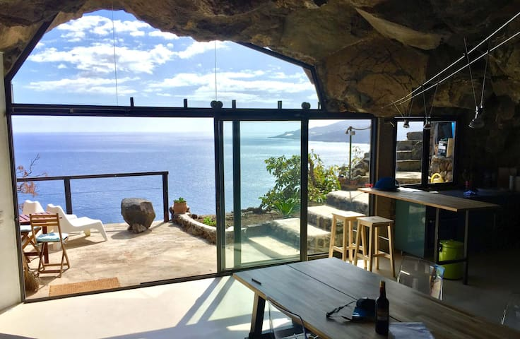 Ocean dream cave: Living on the edge