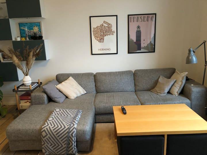 Stor og lækker lejlighed på Frederiksberg