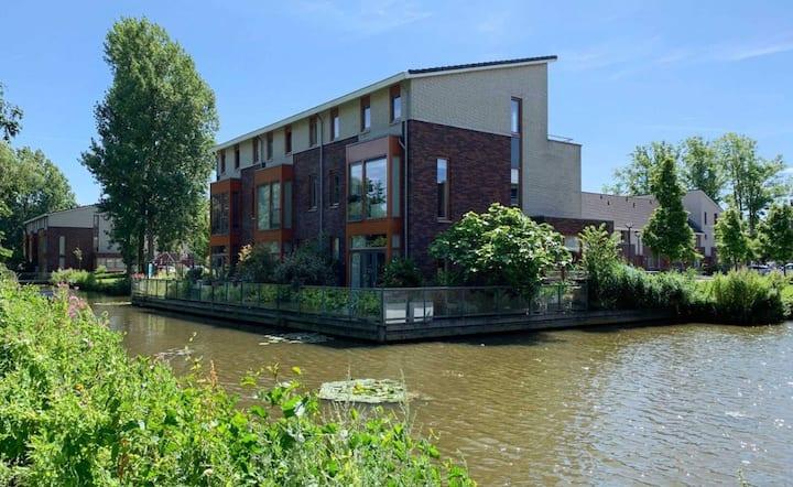Beautiful big house close to Amsterdam & Zandvoort