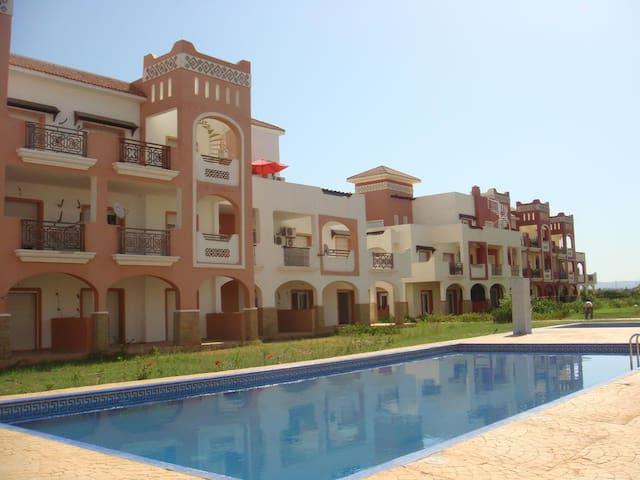 Appartement à Saidia avec vue sur piscine