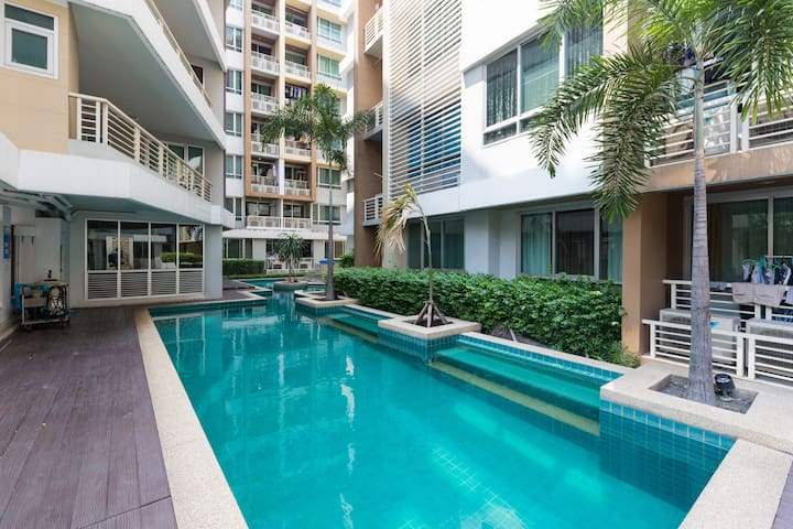 Chic Suite@Siam A16 Wifi Pool 4Pax - Ratchathewi - Condominium