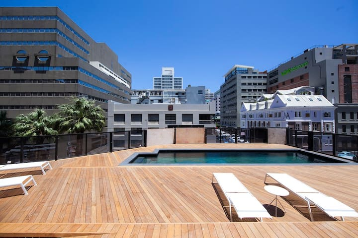 Panoramic  City Views In Cape Town Centre